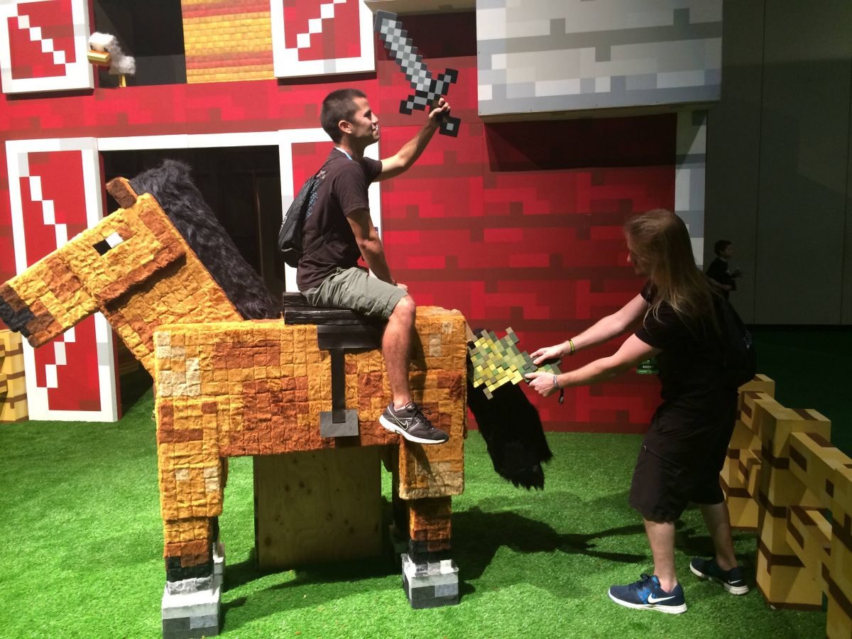 minecon 2015 will be in london cultured vultures