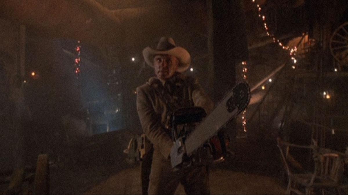The Texas Chainsaw Massacre 2 (1986)