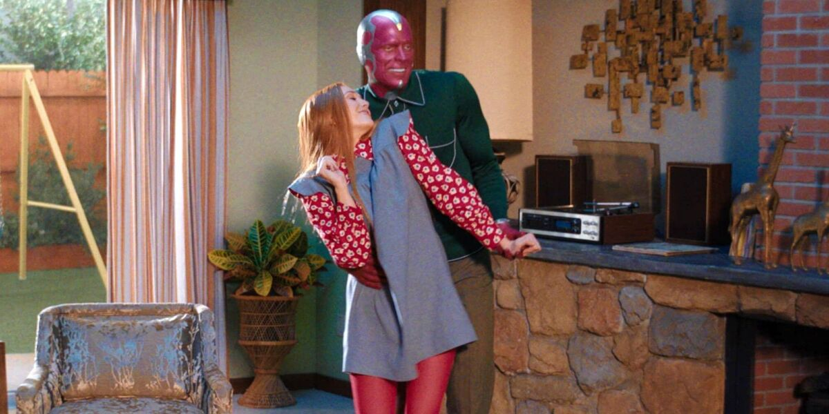 wandavision now in color Elizabeth Olsen Paul Bettany